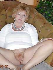 Fascinating mature cougars having unshaved pussy
