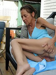 Mature housewives seducing like a pro