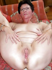 Outstanding older mistress wants to blowjob the male